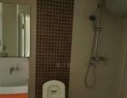 精装修三室出租,随时看房,价格可谈