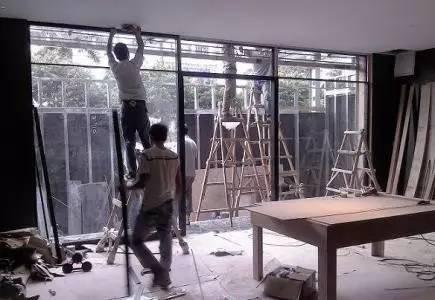 专业旧房翻新,刷漆批灰,厨卫改建,砌砖墙贴地砖,铁皮房维修