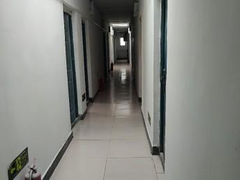 双桥 何家坟平安公寓 1室 0厅 15平米 整租何家坟平安公寓