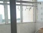 芳草园一室一厅一卫,设施齐全,拎包即住。