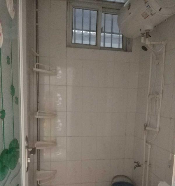 美好家园 3室1厅 110平米 简单装修 半年付押一
