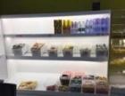 超市零食店货架