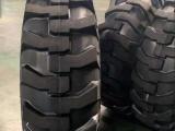 三包标准尺寸压路机菠萝花纹轮胎16.00-20
