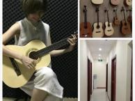 龙岗南联哪里有吉他培训 南联零基础学吉他没问题