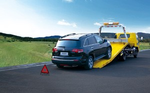 张家港道路救援拖车!搭电!换备胎!补胎!送油!充气!维修!
