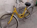 八成新自行车出售30元