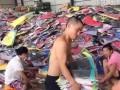 中国品牌男装连锁加盟 专卖店断码服装批发 中低档女装加盟