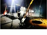 各类乐队演出乐器舞台灯光音响话筒LED道具设备租赁