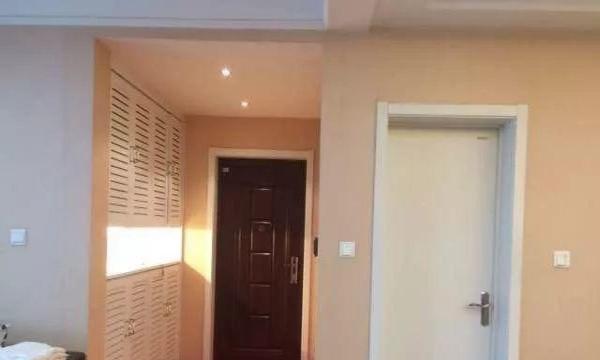新城区翠林蓝湾家私家电齐全三室精装诚租