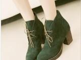 供应2013秋冬新款欧美牛筋底绒面休闲系带粗跟 短靴 中跟
