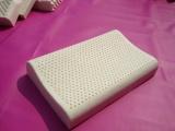 厂家供应优质天然乳胶枕头 曲线护颈枕