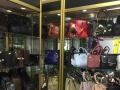 开发区大型商场 服饰鞋包 摊位柜台