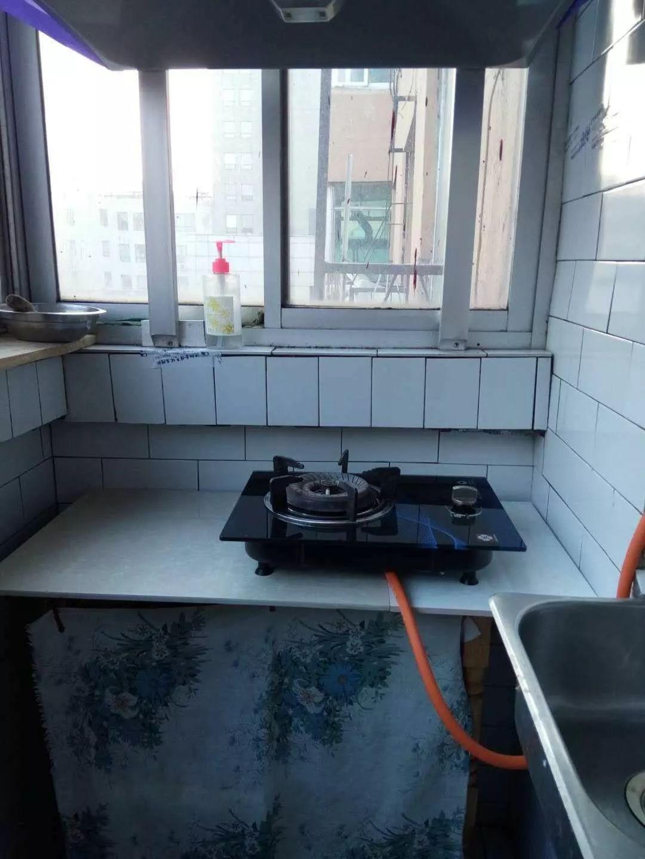 马路湾 光荣街25-6号 1室 1厅 50平米 整租
