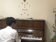 南山成人学钢琴南山钢琴培训成人一样可以学好钢琴