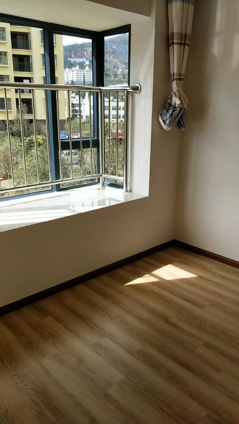 龙泉路 中天城 3室 2厅 97平米 整租