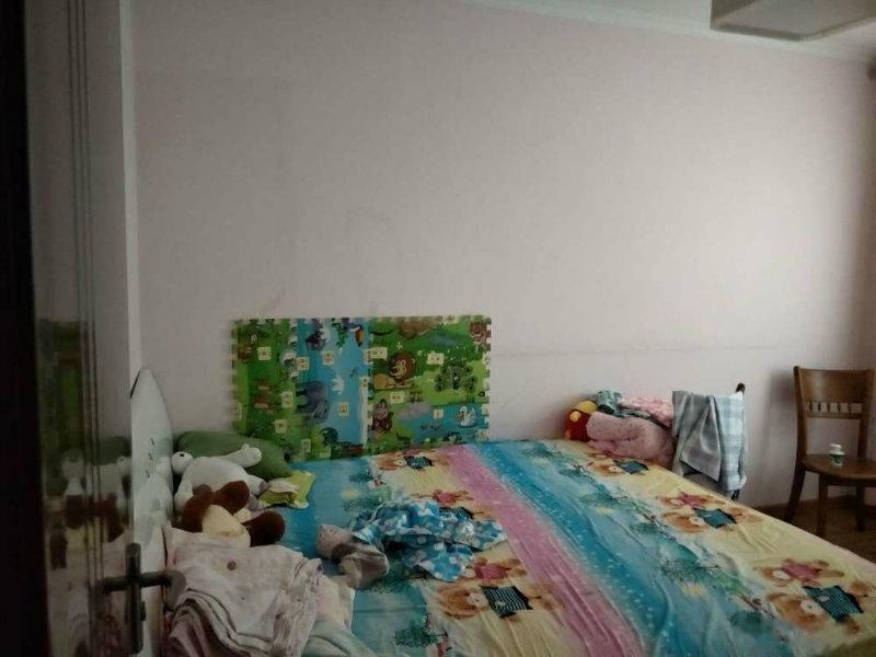 喀什东路,生药厂博雅馨园小区1550,押一付一,可长租可短租