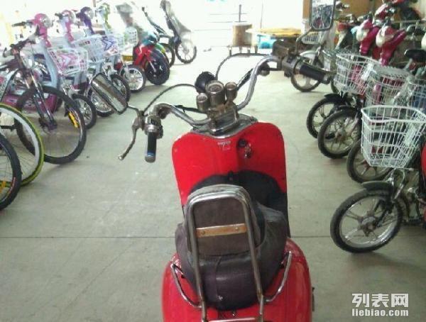 电瓶车钱江125摩托车