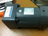 微特微Y90-120减速电机/功率120