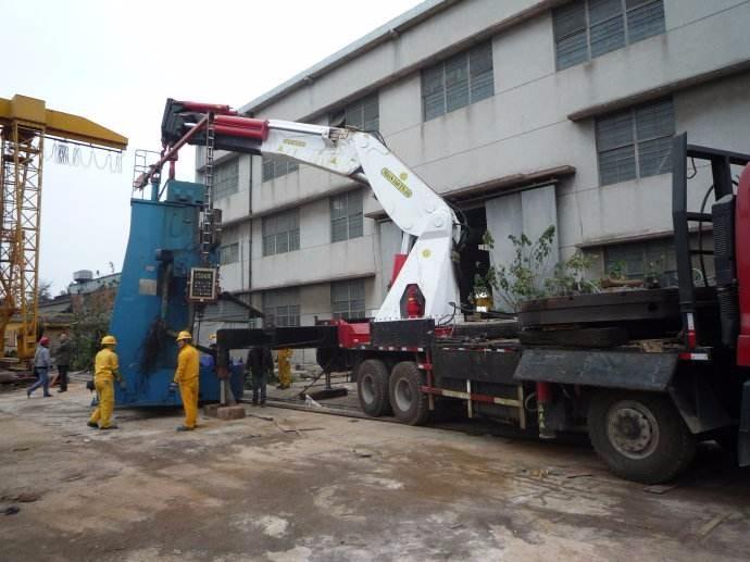 常州叉车出租 常盛起重搬厂 机器装卸移位