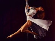 合江亭钢管舞爵士舞基础班教练班全能舞蹈教练培训在曼雅舞校