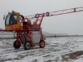 华玺四驱打药机高架玉米喷药机厂家直销全国销售内置空调进口药泵