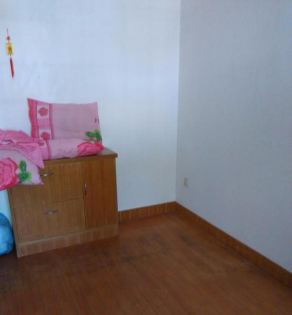 普陀沈家门沈家门 2室2厅 72平米 中等装修 押一付三