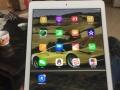 闲置的正品iPadAir2128G出售