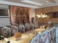 西餐厅升级装修精美会议桌