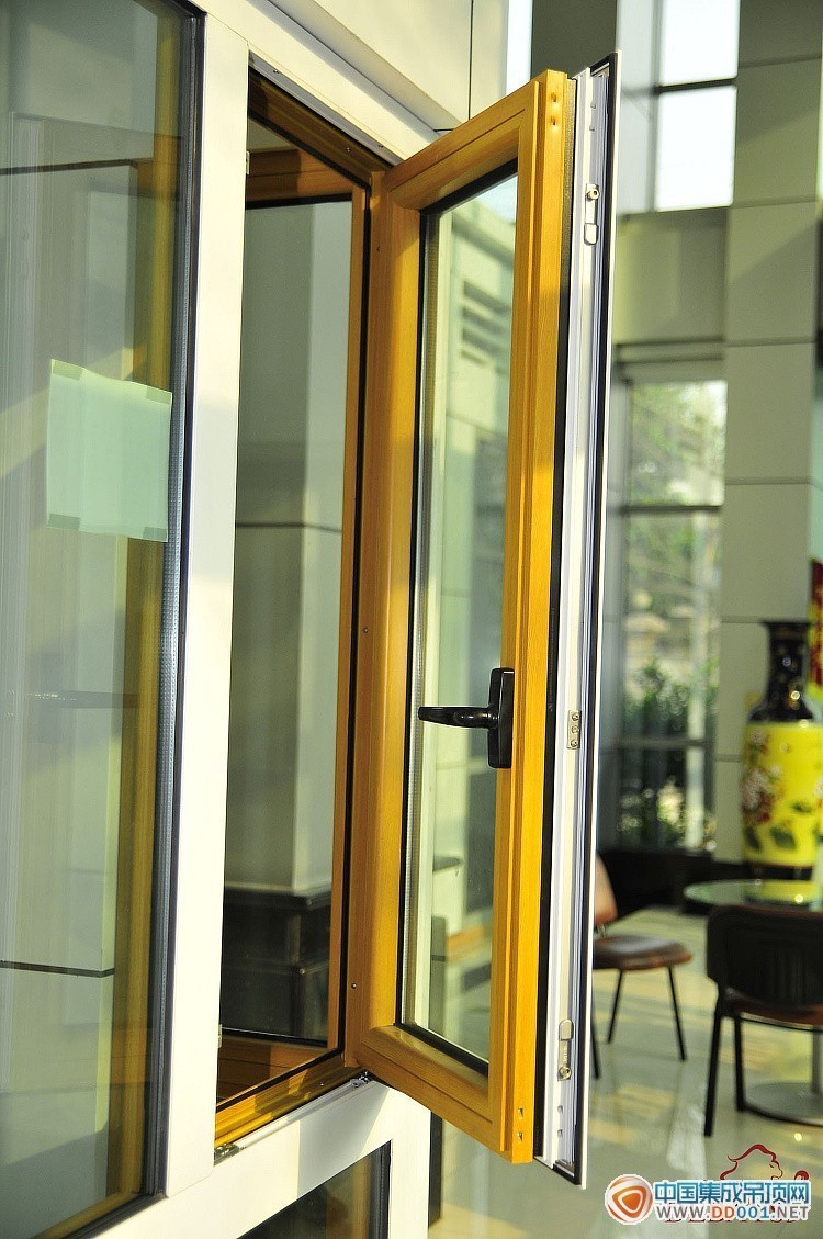 青岛修推拉门玻璃门折叠门 换玻璃换纱网 铝塑门窗
