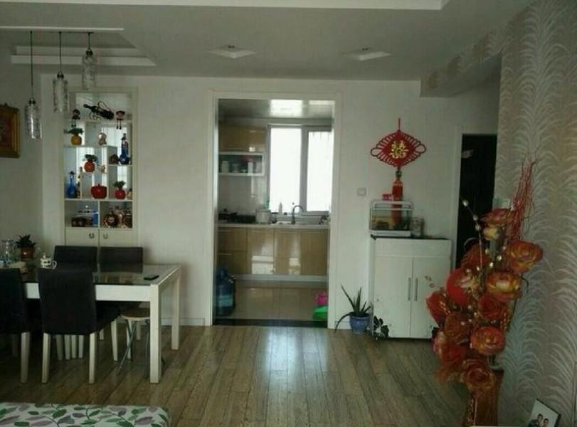 禧顺馨园 精装两房 实地拍摄 干净清爽 房主急租采光极佳