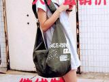 【厂家直销】女包 新款韩版小熊宣言帆布包学生包单肩斜挎拉风包