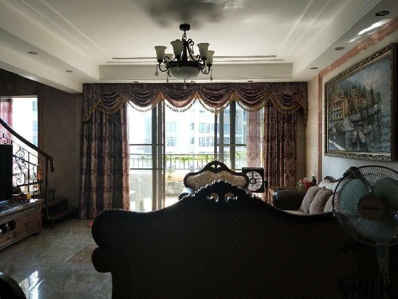 碧水花城欧式复式上下三层 248平仅售218万 送装修包