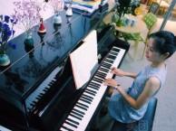 广州萝岗成人钢琴培训广州成人钢琴老师