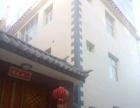 香格里拉 达娃路军分区后门附近 2室 1厅 次卧