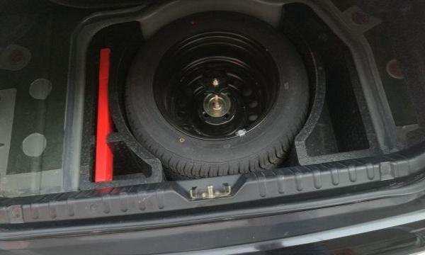 大众 桑塔纳志俊 2008款 1.8 手动 豪华型桑塔纳志俊巨板精品车