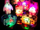 发亮闪光手表发光手环 儿童礼物学生小玩具
