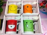 M-4笑脸陶瓷杯 卡通套杯 韩版情侣对杯 牛奶杯子 10元店配货