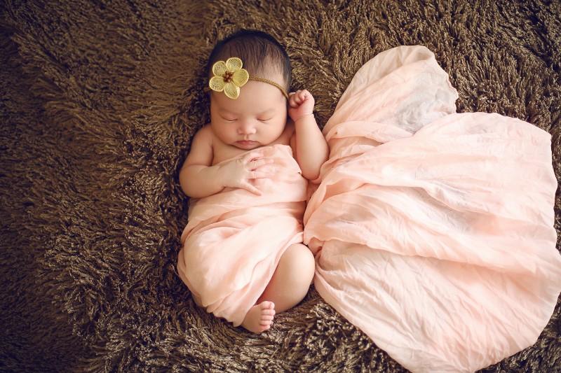 青岛新生儿摄影 宝宝照上门拍摄