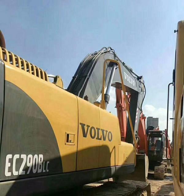 转让 挖掘机沃尔沃290正宗原装九成新包邮
