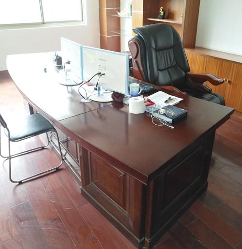 武汉大量回收办公家具 电脑回收 空调上门回收