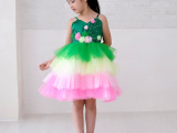 新款儿童吊带蓬蓬裙绿色六一演出服女童幼儿表演服 夏批发