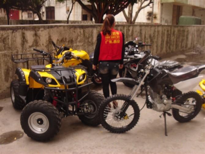 玉溪四轮摩托车沙滩车管车车卡丁车越野摩托车跑车厂家直销包运