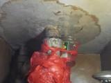 南开区西湖道蹲坑马桶漏水维修 改上下水管 专业做卫生间防水