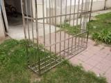 北京朝阳双井专业防盗窗安装不锈钢防护网防护栏围栏定做