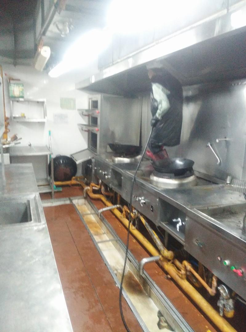 广州专业油烟机清洗,番禺油烟机清洗,海珠区油烟机清洗服务