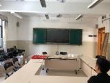 广州中小学生课桌椅批发推拉黑板 绿板 白板可定制4米