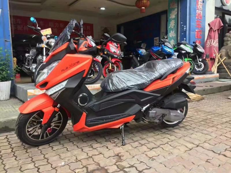 重庆摩托车分期付款专卖店  新感觉品牌直营店