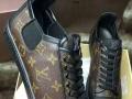 香奈儿 LV 耐克 普拉达等品牌鞋包供货