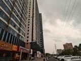 500平奥园峯荟和平广场二楼大商业,户型方正,三间小办公室