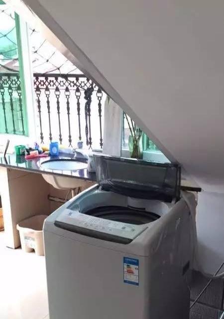 紫竹公寓5十1复式150+20车棚+70阳台179万